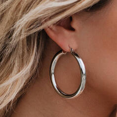 Fashionable Classic Simple Alloy With Minimalist Circle Decor Women's Earrings 2 PCS