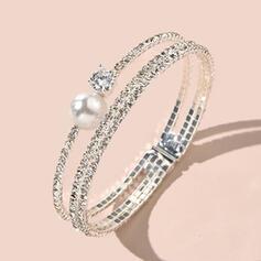 Shining Elegant Alloy Rhinestones Imitation Pearls With Rhinestones Imitation Pearls Bracelets
