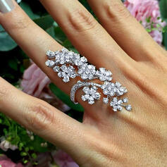Shining Flower Shaped Alloy Rhinestones Women's Rings