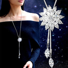 Shining Exquisite Pretty Floral Design Alloy Women's Necklaces