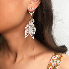 Chic Leaves Shaped Rhinestones Earrings 2 PCS