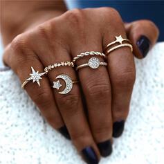 Shining Exotic Alloy With Rhinestone Star Moon Sun Rings (Set of 5)