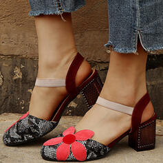 Women's PU Chunky Heel Pumps Closed Toe Round Toe With Applique shoes