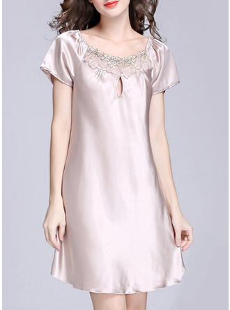 Polyester Lace Plain Embroidery Plus Size V Neck Alluring Pyjama Set