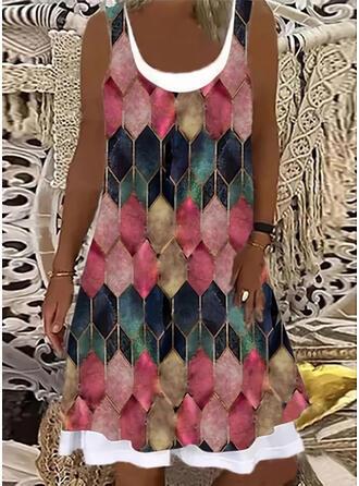 Geometric Print Sleeveless Shift Knee Length Casual Tank Dresses