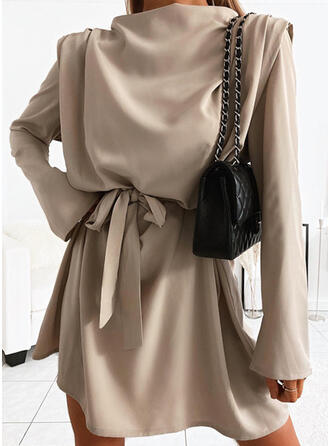Solid Long Sleeves/Flare Sleeves Sheath Above Knee Casual Dresses