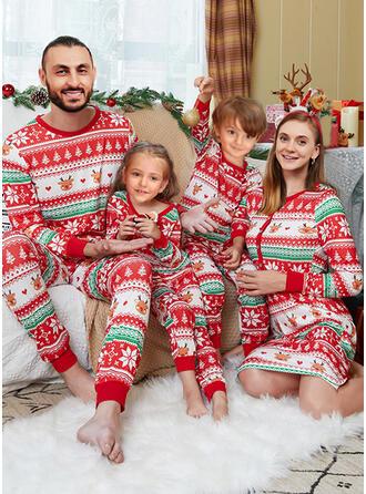 Reindeer Print Heart Family Matching Christmas Pajamas