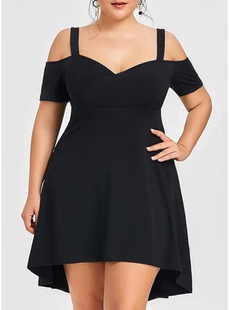 Plus Size Solid Cold Shoulder Sleeve Short Sleeves A-line Above Knee Little Black Party Dress