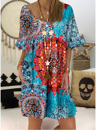 Print 1/2 Sleeves/Flare Sleeves Shift Above Knee Casual Tunic Dresses