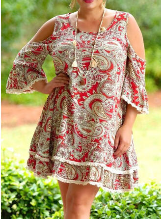 Plus Size Print 3/4 Sleeves Cold Shoulder Sleeve Flare Sleeve Shift Knee Length Casual Dress