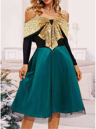 Christmas Chiffon/Sequins Long Sleeves Cold Shoulder Sleeve A-line Knee Length Party/Elegant Dresses