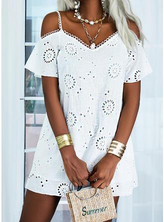 Print Short Sleeves Cold Shoulder Sleeve Shift Knee Length Casual/Elegant Dresses