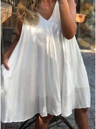 Solid Sleeveless Shift Knee Length Casual/Vacation Slip Dresses